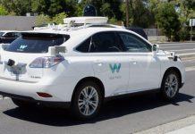 Ein autonom fahrendes Auto von Waymo.