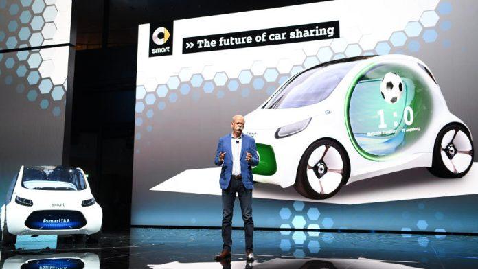 Daimler-Chef Dieter Zetsche auf der IAA.