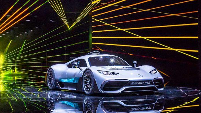 Der Mercedes-AMG Project One greift auf fünf Motoren zurück