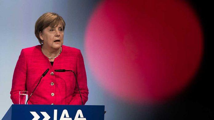 Bundeskanzlerin Angela Merkel hat die IAA eröffnet