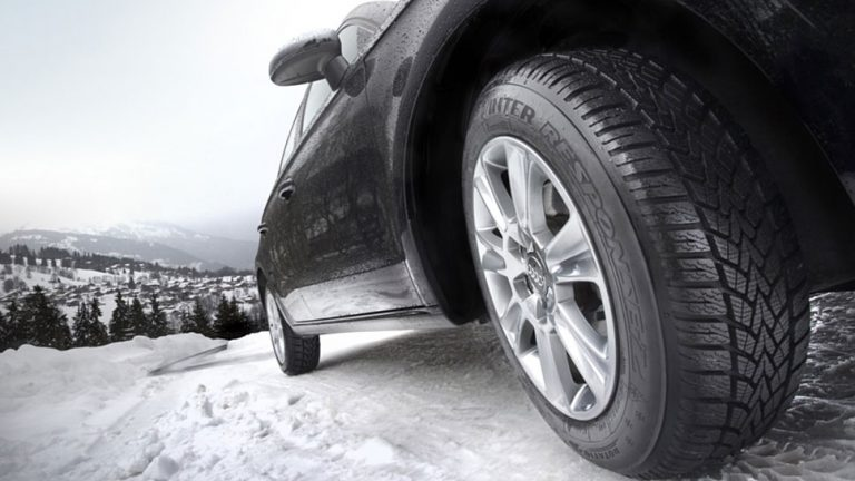 Neue Winterreifen-Kennzeichnung: Berggipfel und Schneeflocke