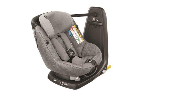 Der Maxi Cosi AxissFix Air schützt besonders den Nacken des Kindes