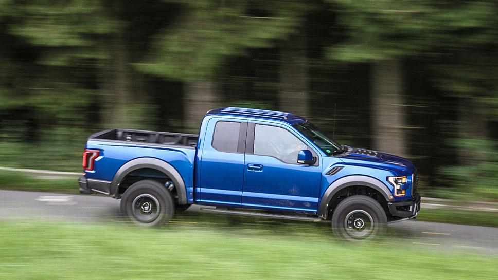 Der Ford F-150 Raptor greift auf 450 PS zurück