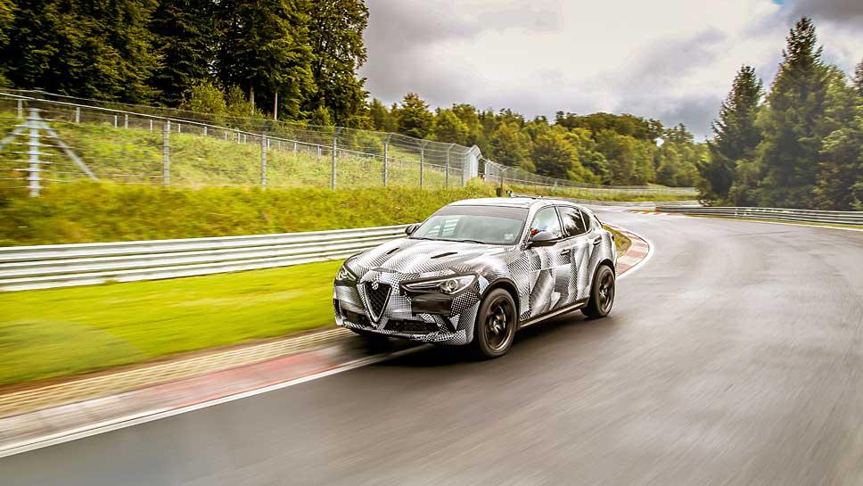Der Alfa Romeo Stelvio Quadrifoglio ist der neue Rekordhalter bei den SUV