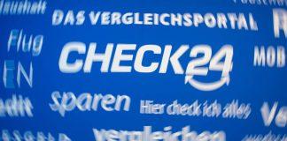 Kunden nutzen das Vergleichsportal check24 zum Versicherungswechsel.