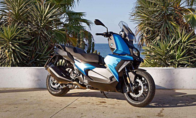 BMW Motorrad startet mit vier neuen Modellen durch