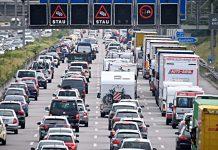 Stau auf der Bundesautobahn