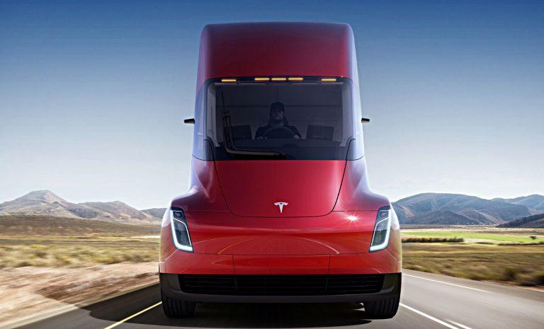 Tesla präsentiert elektrischen Lastwagen