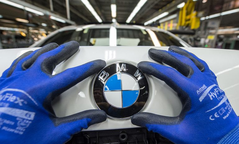 BMW bleibt weltweit profitabelster Autobauer