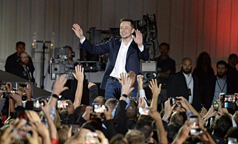Tesla plant für 2020 mit Flotte von Robo-Taxis