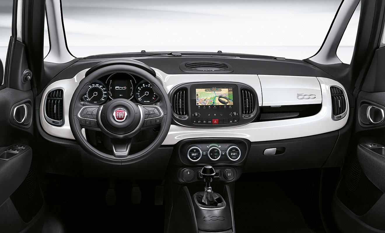 Das Cockpit des 500L Cross. Foto: Fiat