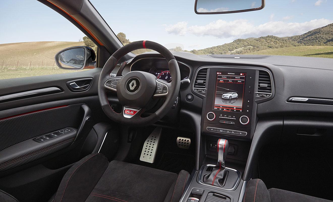 Das Cockpit des Renault Mégane R.S. Foto: AG/Flehmer