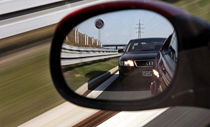 Aggressives Verhalten im Verkehr nimmt zu. Foto: dpa