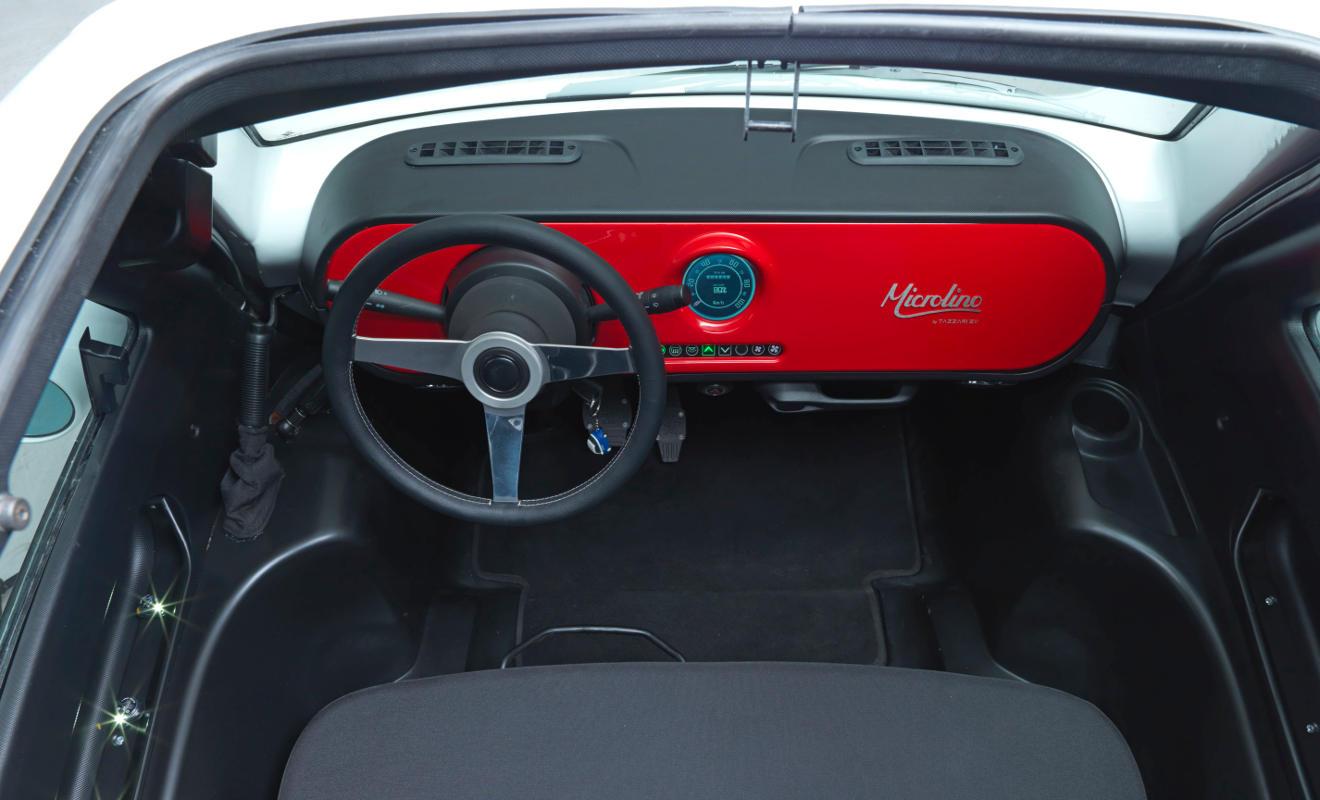 Cockpit des Microlino. Foto: Microlino