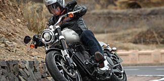 Harley-Davidson Sport Glide. Foto. Harleyy