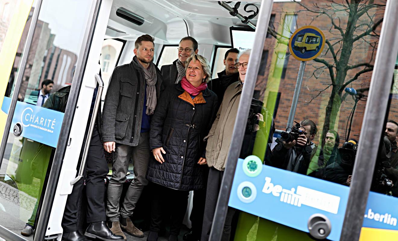 Fahrerlose Minibusse nun regelmäßig in Berlin unterwegs
