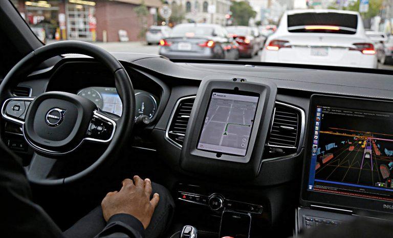 Uber stellt sich auf Auszeit nach Unfall mit Roboterauto ein