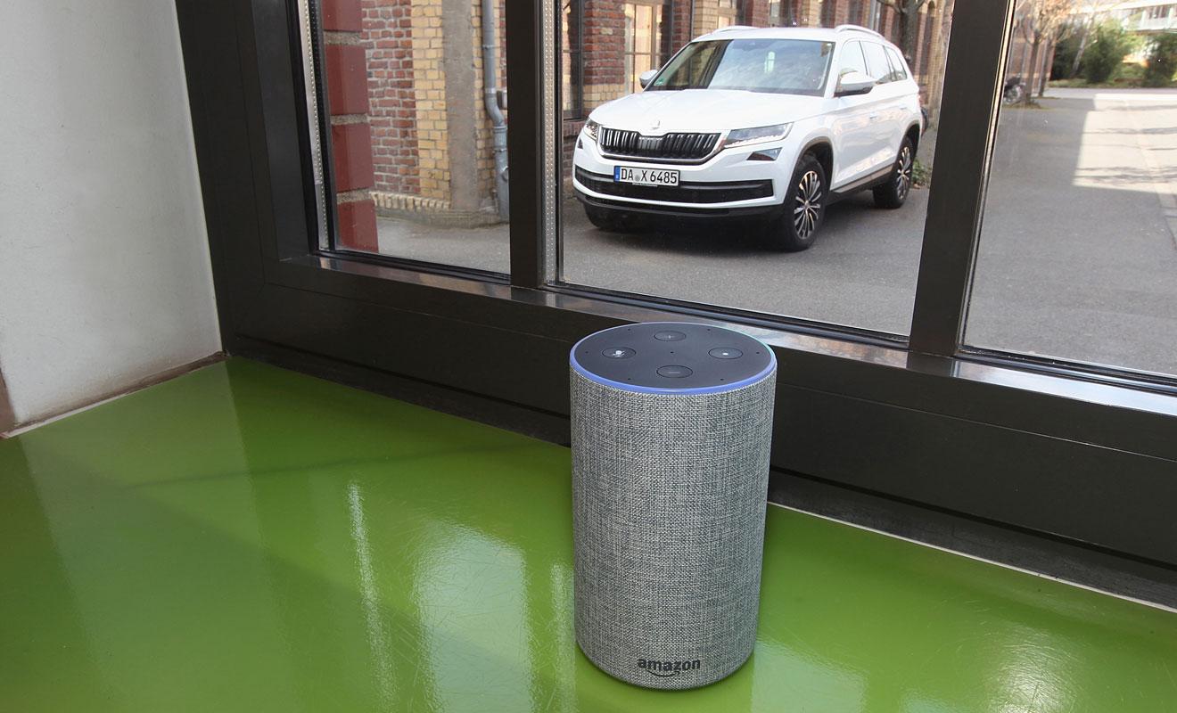 Alexa verbindet sich mit dem jeweiligen Skoda-Fahrzeug. Foto: Skoda