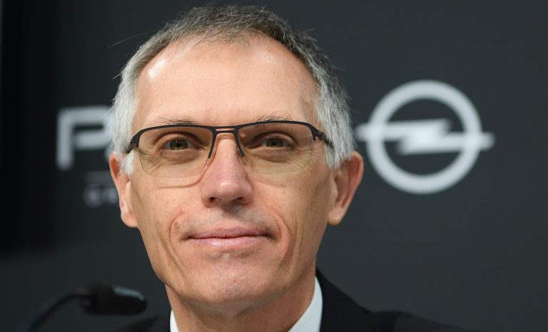 Autobauer fordern Investitionen in Ladeinfrastruktur