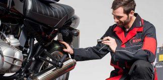 Vor dem Start sollte das Motorrad überprüft werden. Foto: KÜS