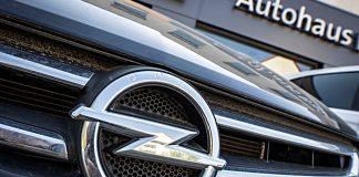 Autohaus von Opel. Foto: dpa