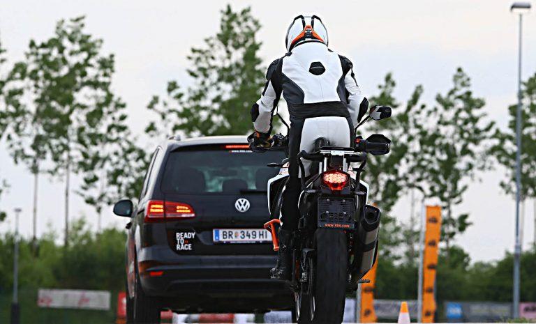 Radarsysteme erhöhen Sicherheit für Motorradfahrer