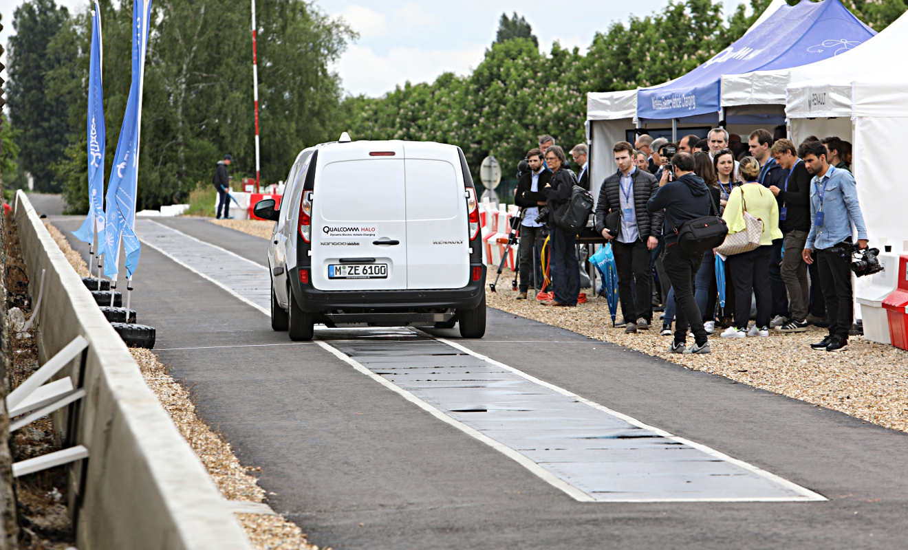 Elektroauto während der Fahrt aufladen - Autogazette.de