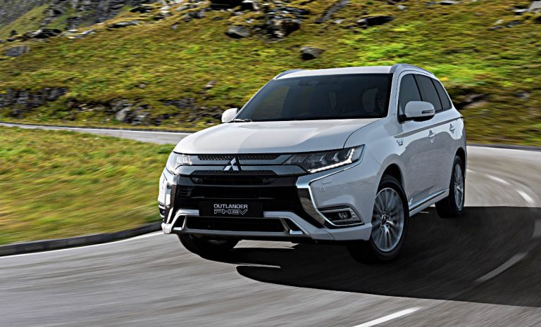 Mitsubishi Outlander PHEV erhält größere Batterie