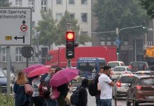 Der stadt Aachen drohen Fahrverbote. Foto: dpa