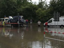 Abschleppdienste haben nach starken Niederschlägen viel zu tun. Foto: SP-X