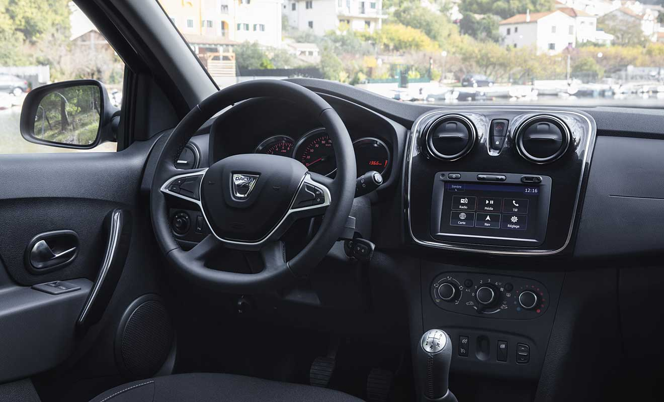 Das Cockpit des Sandero II. Foto: Dacia