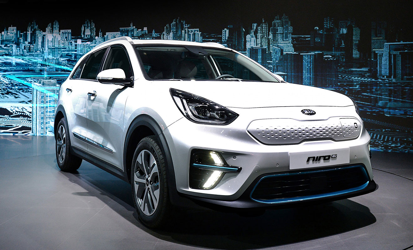 kia niro ev feiert premiere beim heimspiel. Black Bedroom Furniture Sets. Home Design Ideas