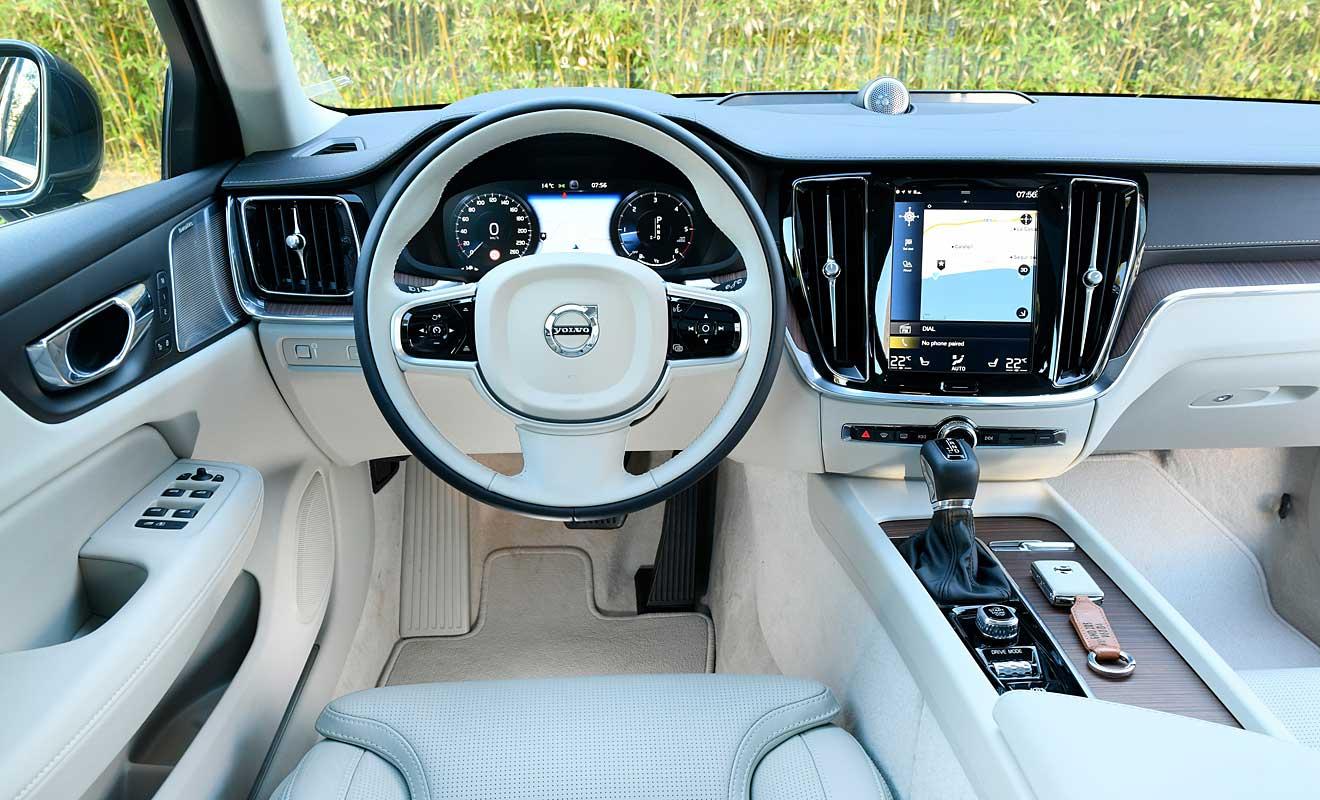 Das Cockpit des Volvo V60. Foto: Volvo