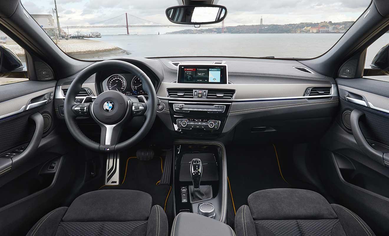 Das Cockpit des X2. Foto: BMW