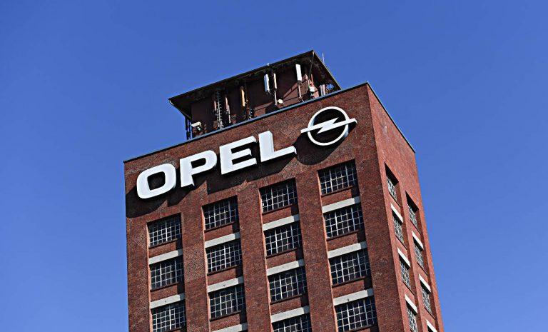 Opel lässt weniger Autos produzieren