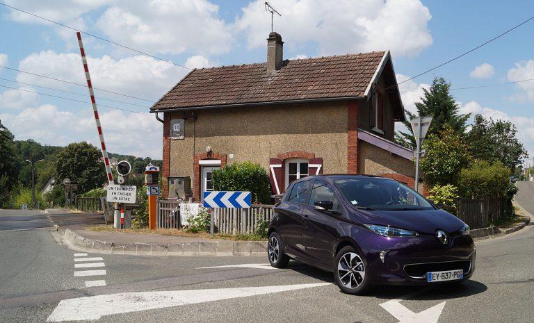 Renault Zoe R110: Zahlenspiele beim Überholvorgang