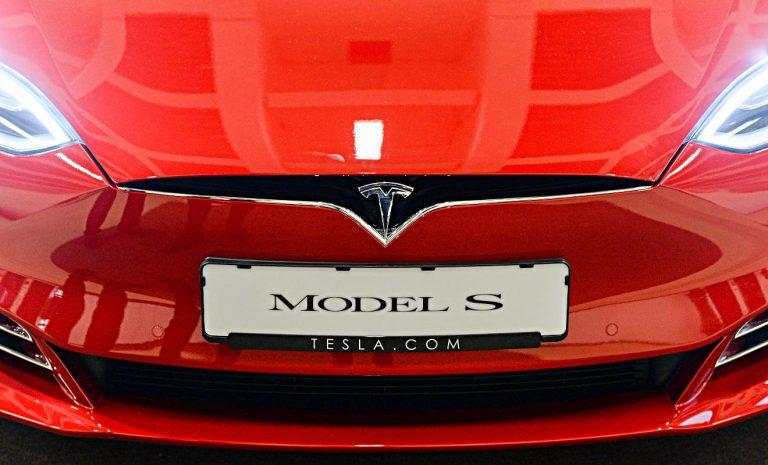 Tesla verklagt Deutschland wegen Streit um Kaufprämie