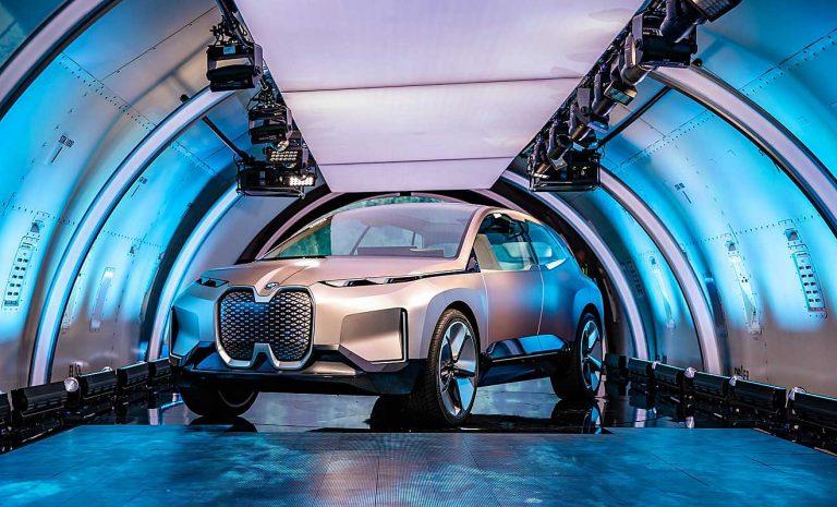 BMW mit Vision iNext zurück in der Spur