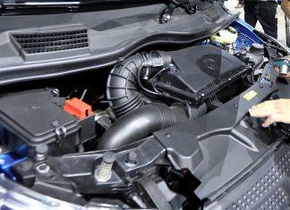 Der Motor des Mercedes Vito. Foto: dpa