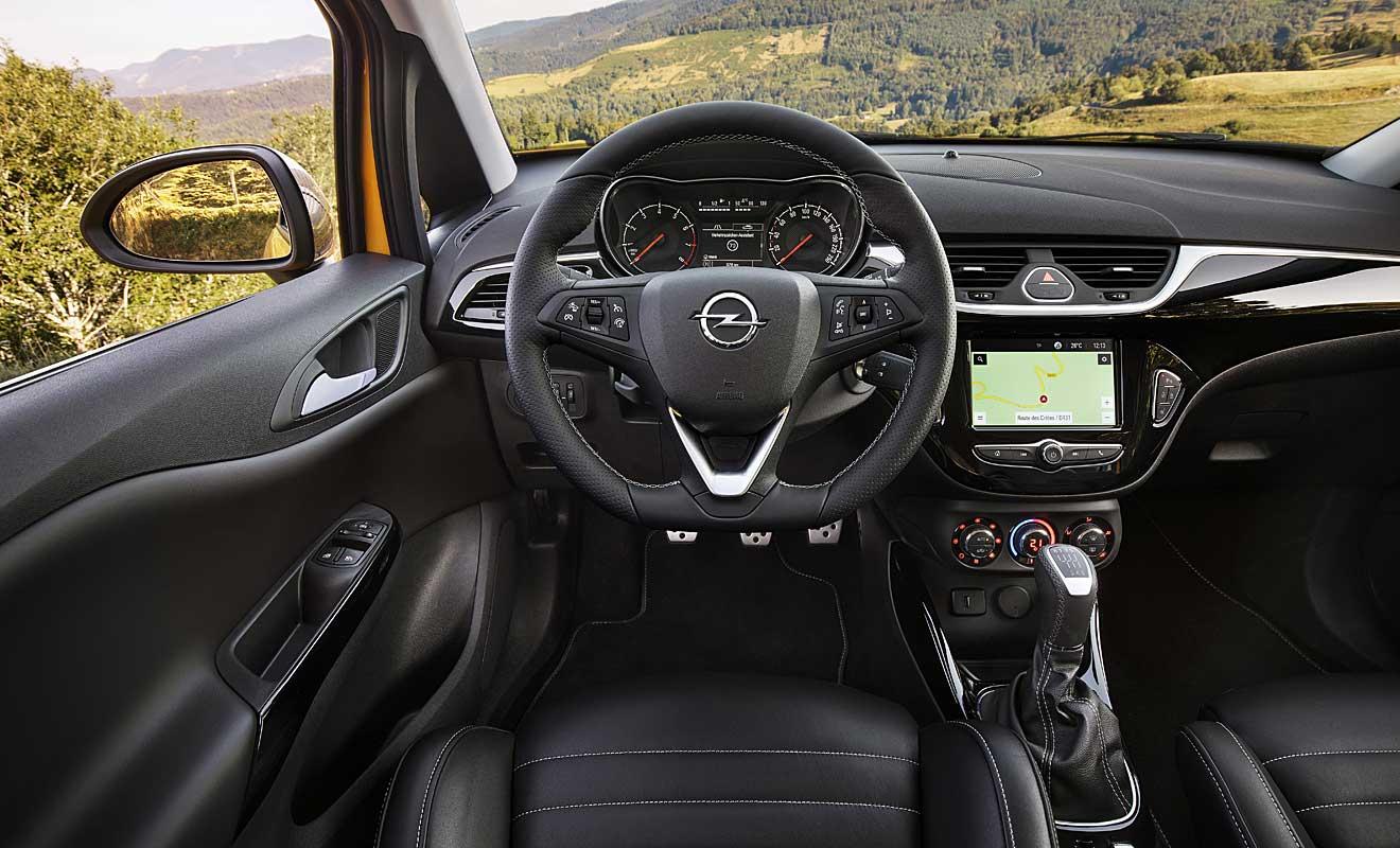 Das Cockpit des Corsa GSi. Foto: OPel