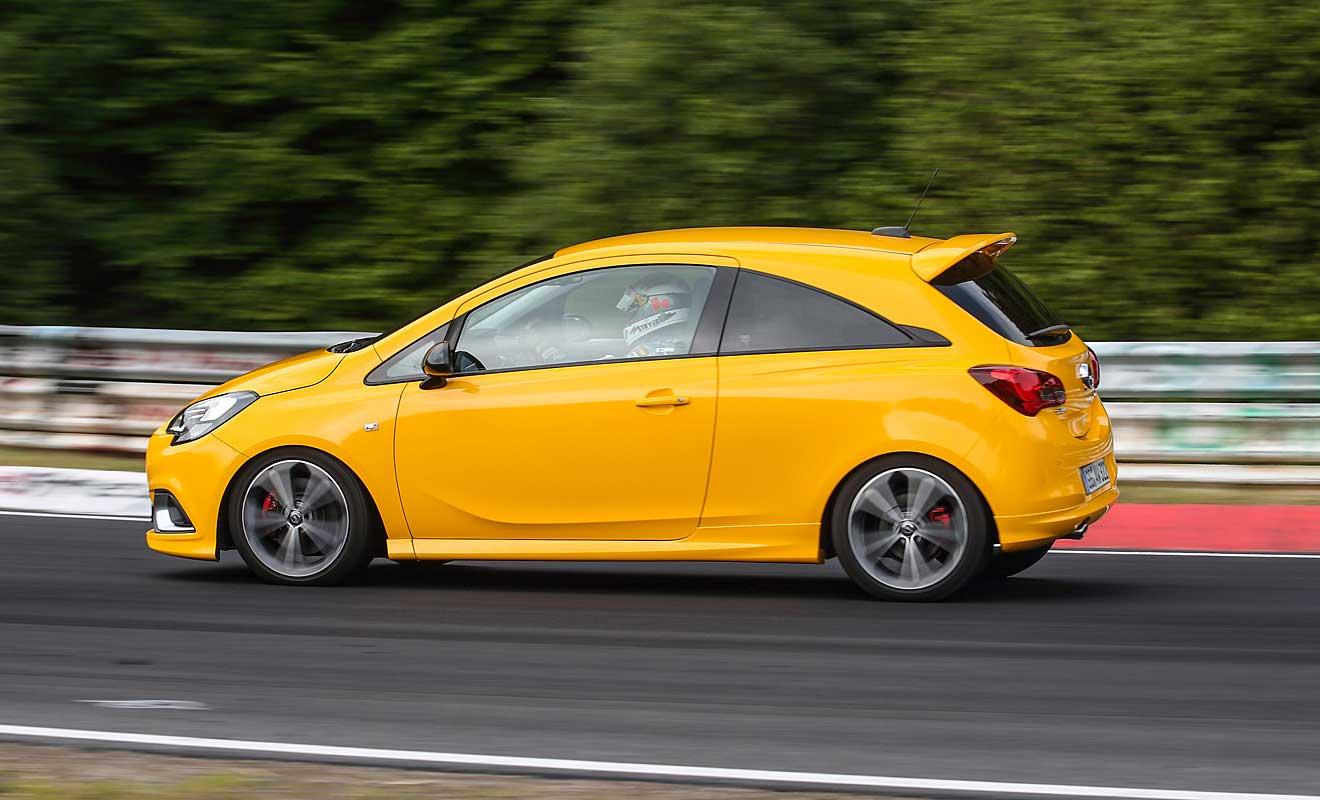 Die Seitenansicht des Opel Corsa GSi. Foto: Opel