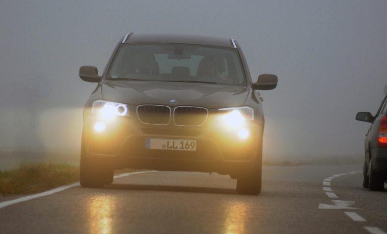 Nebel: Gefahr für Autofahrer