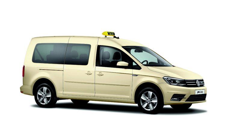 VW Nutzfahrzeuge bietet e-Caddy und e-Caravelle von Abt