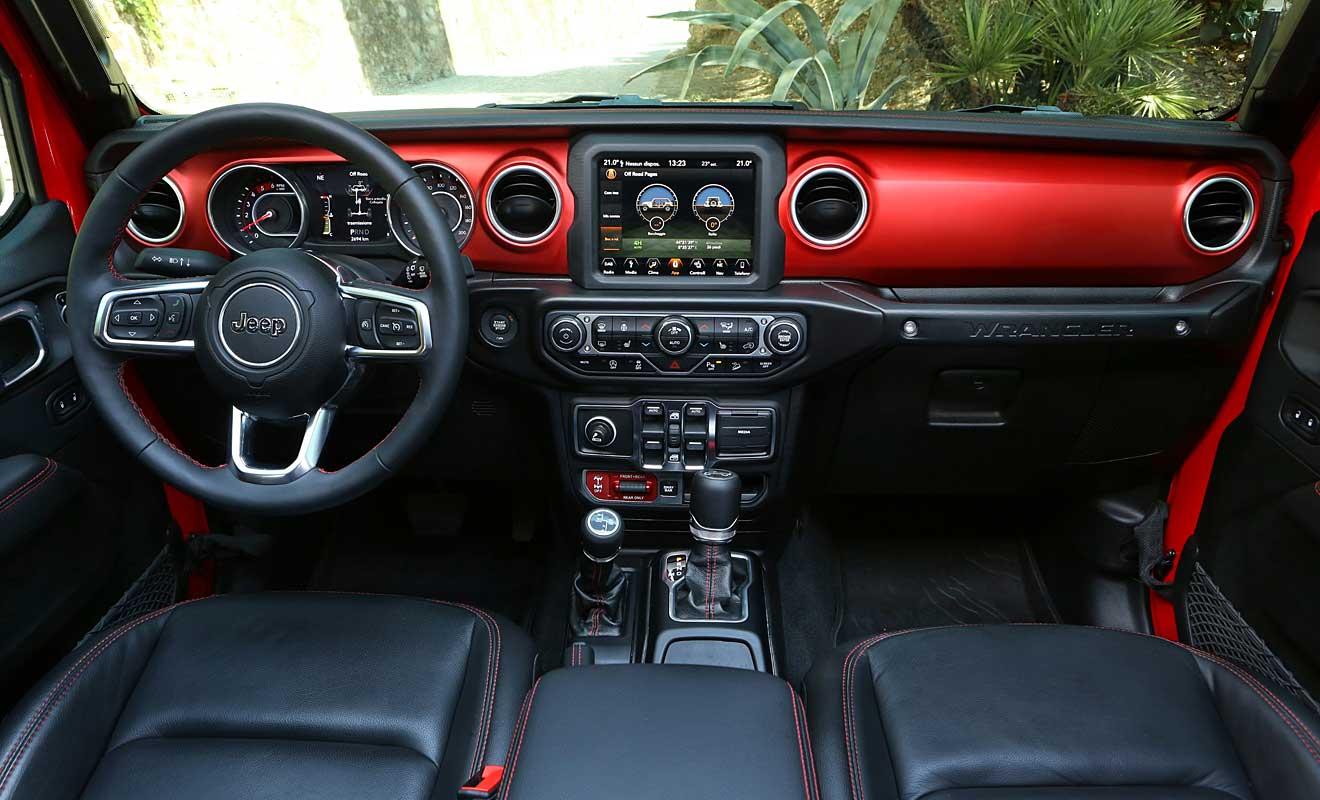 Das Cockpit des Wranglers. Foto: Jeep