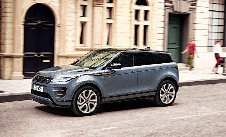 Range Rover Evoque: Er schaut sogar unters Auto