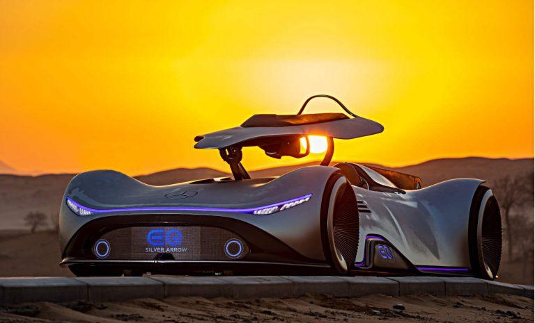 Mercedes EQ Silver Arrow: Die Zukunft nimmt Fahrt auf