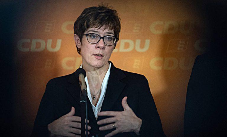 Tempolimit: CDU-Chefin spricht von Phantomdebatte