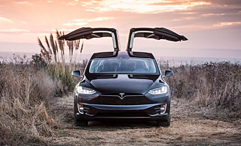 Temposünder: Fahrer eines Tesla lieben es schnell