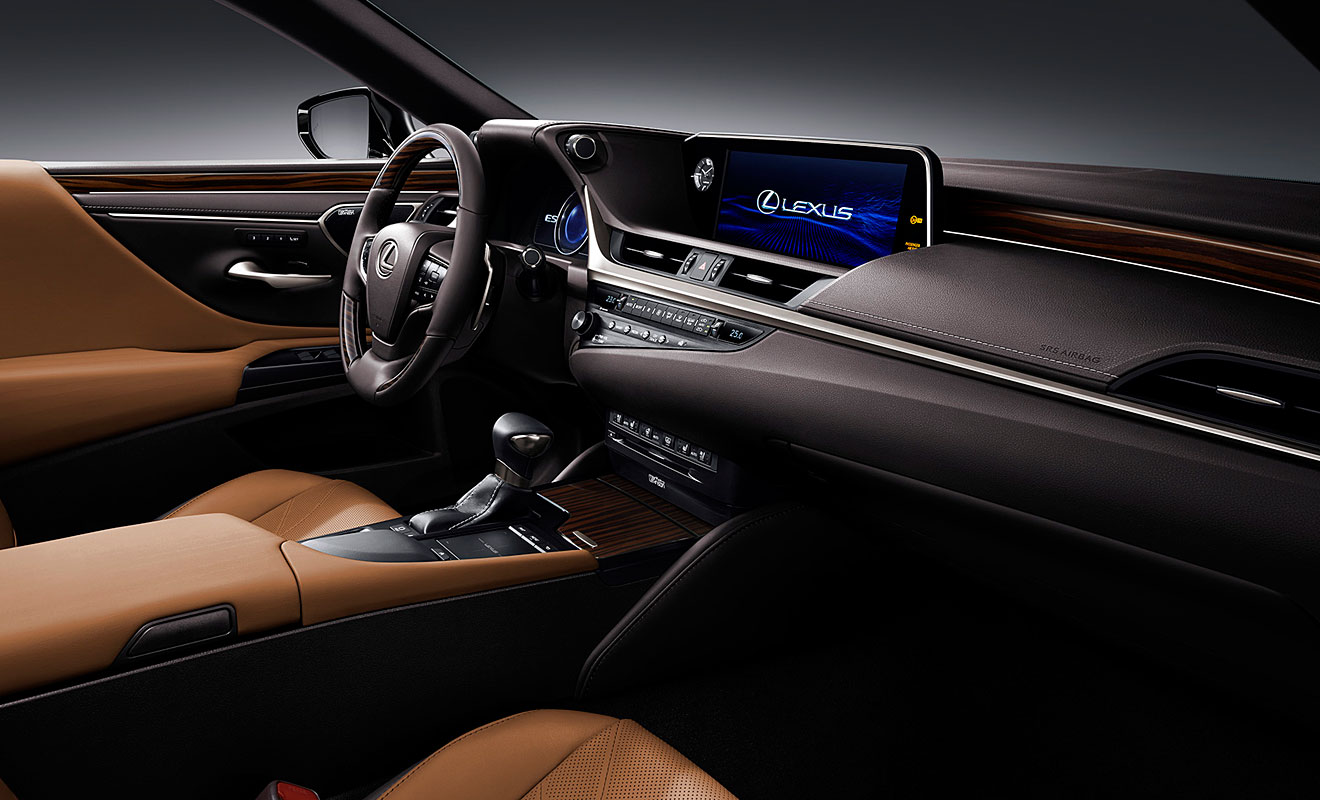 Das Cockpit des ES. Foto: Lexus