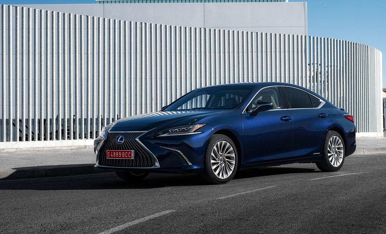 Die Front des Lexus ES. Foto: Lexus